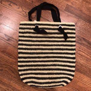 Gap straw handbag